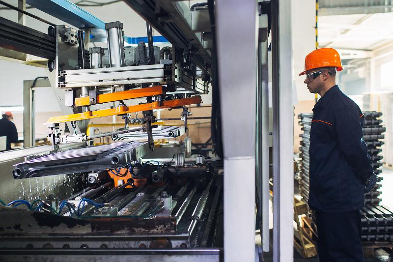 «Производительность труда и поддержка занятости»: волгоградский завод-изготовитель радиаторов отопления «пошел на повышение» эффективности производства